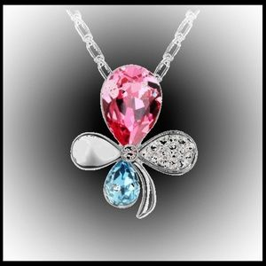Pink & BlueFlower Pendant Necklace in Silver Tone